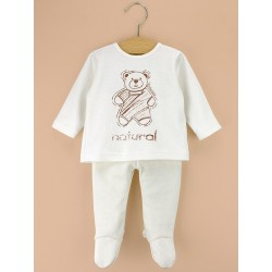 Newborn pajamas in organic cotton.