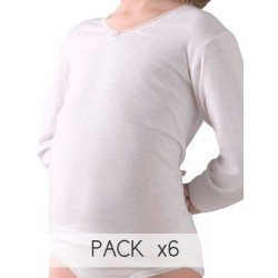 Girl´s long sleeve thermal t-shirt.