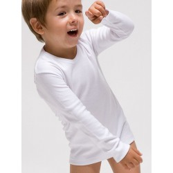 Boy´s long sleeve t-shirt.
